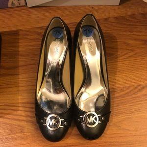 Michael by Michael kors Black 7.5 heel